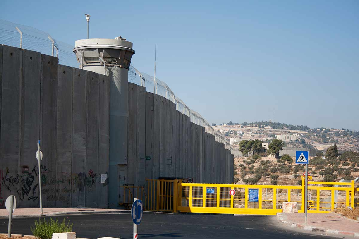 Separation Fence between Israeli and Palestinian areas on road to Bethlehem