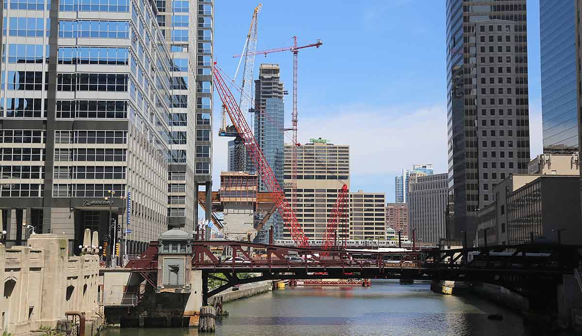 Chicago River from the Madison Street bridge -