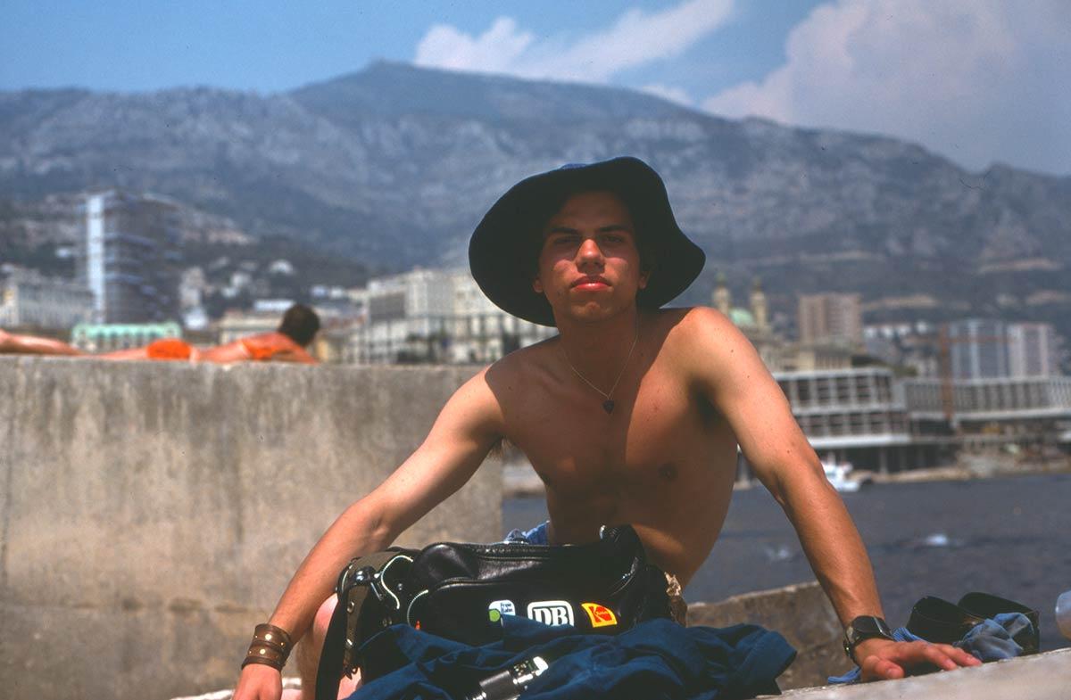 Monaco breakwater, Claes posing for camera