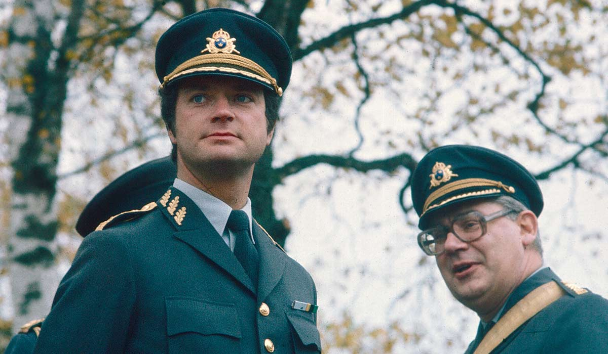 King Carl XVI Gustav with regimental leaders