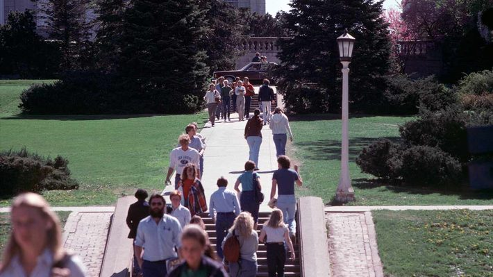 Students walking up the hill at the University of Iowa Pentacrest